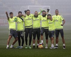 SergioRamosPartidillo bajo la niebla y victoria. / Training match win in the fog