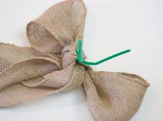 A ribbon is the perfect solution to concealing those bare spots in your Christmas tree while also adding a touch of color and texture. Christmas Tree Decorations Ribbon, Unique Christmas Trees, Alternative Christmas Tree, Gold Christmas Tree, Xmas Tree, Christmas Diy, Christmas Games, Christmas 2017, Holiday Ornaments