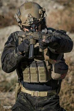 Putting Together a Home Earthquake Kit – Bulletproof Survival Military Gear, Military Police, Military Equipment, Military Soldier, Airsoft Gear, Tactical Gear, Military Special Forces, Tac Gear, Combat Gear