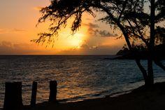 Sunrise at Kailua Beach Park by Jose Antonio Castellanos on 500px