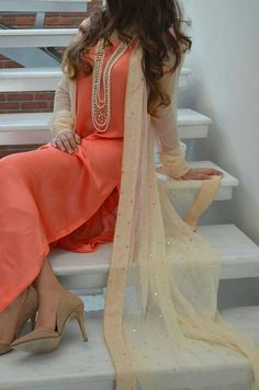 Solid kurti with beautiful sheer Jacket <3 !!