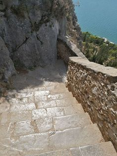 Visiting the Peloponnese would be incomplete without sampling the delights of Nafplio (also known as Nauplion). Greek Island Holidays, Travel Around The World, Around The Worlds, Greece Holiday, Wine Food, Great Vacations, Greece Travel, Greek Islands, Where To Go