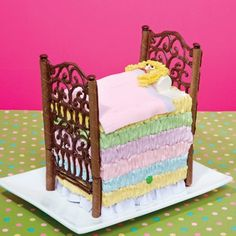 How to make a The Princess and the Pea Cake, The Princess and the Pea Fairy Tale Cake and, a No More Monkeys Jumping on the bed cake. This web site also has Andy's Room Cake from Toy Story.