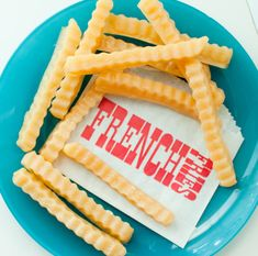 French fries are pure happiness. Wouldnt it be fun to take that into the tub with you? Youll get 6 french fry soaps packaged in the cute retro bag. Scented in a fresh lemon.  Pair together with other cool state fair favorites like the cheeseburger soap: https://www.etsy.com/listing/167478704/cheeseburger-soap-man-gift-burger-pickle?ref=shop_home_feat_4  Or a fresh beer soap: https://www.etsy.com/listing/83439762/beer-soap-craft-beer-mug-guy-soap-man?ref=shop_home_active_7  INTERNATIONAL: I…