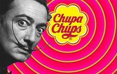 Dalí y Chupa Chups Salvador Dali, Dada Art Movement, Spanish Art, Retro Logos, Teaching Spanish, Advertising Design, Picture Wall, Typography Design, Pop Art