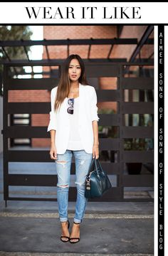 Ripped jeans combined with white blazer and Givenchy Antigona
