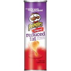 Pringles Reduced Fat Original Potato Crisps, oz: You say potato, I say 'OMG! Isn't Reduced Fat Original potato, like SUPER good?' Trimming the fat has never been so tasty with these classic potato flavoured crisps, so crisp away. Lunch Snacks, School Snacks, Pringle Flavors, Pringles Original, Bare Fruit, Potato Crisps, Nutrition Information, Taste Buds, Fat
