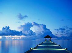 White Sand Island, the Maldives Image Beautiful, Beautiful Places, Beautiful Sky, Beautiful Scenery, Simply Beautiful, Sand Island, Island Beach, Destinations, Montage Photo