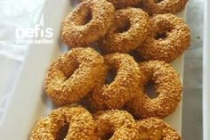 Kandil Simidi Tarifi Bagel, Doughnut, Bread, Desserts, Food, Tailgate Desserts, Deserts, Brot, Essen