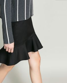 Image 5 of PENCIL SKIRT WITH RUFFLE from Zara €39.95