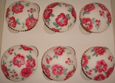 Dome Cupcakes Fondant | Pretty flowered cupcakes.