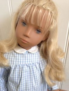 RARE-1968-SASHA-DOLL-WITH-FRINGE-BANGS-AND-TINY-EYES-COMPLETE-OUTFIT-AND-TAG