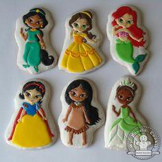 Cookies For Kids, Fancy Cookies, Cute Cookies, Cupcake Cookies, Disney Princess Cookies, Disney Cookies, Iced Sugar Cookies, Royal Icing Cookies, Prince Cake