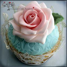rosecupcak, sweet, cupcakes, cake academi, roses