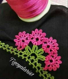 Trendy 30 Daisy Beaded Floral Crochet Lace Model - My Recommendations Crochet Daisy, Bead Crochet, Irish Crochet, Crochet Lace, Crochet Stitches, Silk Ribbon Embroidery, Embroidery Patterns, Hand Embroidery, Crochet Designs
