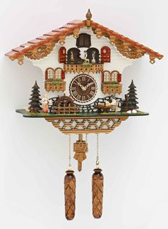 Thisintricatelycrafted quartz powered cuckoo clock is made byrenowned Black Forest cuckooclockmanufacturer'Trenkle Uhren'. The chalet style cuckoo clock f
