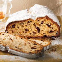German Stollen, German Bread, Stollen Recipe, German Bakery, Best Banana Bread, Traditional Cakes, Christmas Desserts, Christmas Cakes, Merry Christmas