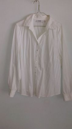 Ladies white long sleeve tapered blouse, size 18 Ladies White, White Women, White Long Sleeve, My Ebay, 18th, Lady, Blouse, Sleeves, Tops