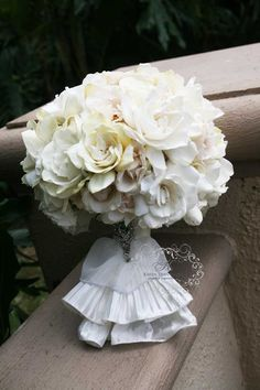 ruffled handle matched the brides dress!