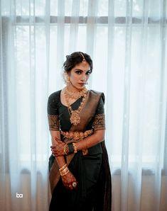 Bridal Sarees South Indian, Indian Bridal Outfits, Indian Bridal Fashion, Indian Bridal Wear, Indian Fashion Dresses, Saree Fashion, Saree Trends, Stylish Sarees, Saree Wedding