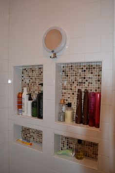 New bathroom shelf organization shower niche ideas Wall Storage Shelves, Shower Shelves, Bathroom Shelves, Bathroom Niche, Shower Niche, Diy Shower, Bathroom Shower Organization, Shower Storage, Master Bath Remodel