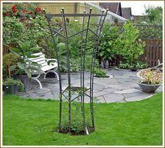Trädgårdskonst av järn,rosenspalje