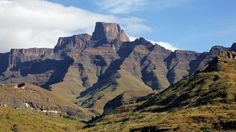 Sentinal peak in the amphiteater of the Drakensberg mountains, Royal Natal National Park, South Africa. Free art print of Drakensberg mountains. South Africa Art, Places To Travel, Places To Visit, Mountain Art, Mountain Range, Kwazulu Natal, Free Art Prints, Pictures To Paint, Landscape Photography