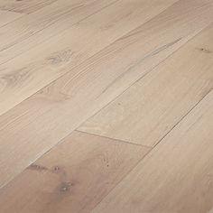 Mullican Flooring 7.43-in Prefinished Seashell Oak Wire Brushed Wirebrushed Oak Hardwood Flooring (23.19 Sq. Feet)