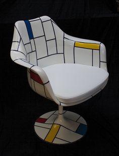 """Tulip Armchair Saarinen """" Ton drian"""" http://www.schiepan.com"""