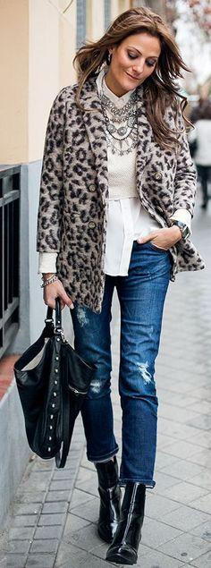 Hakei Leopard Wool Coat by Guiadeestilo