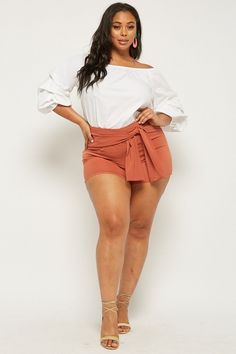 Product Name:Plus Size Tie-Front Shorts, Category:plus_size-main, Looks Plus Size, Curvy Plus Size, Plus Size Women, Curvy Women Fashion, Plus Size Fashion, 50 Fashion, Style Fashion, Mode Club, Beauté Blonde