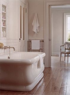 this bath tub is totally equivalent to a claw foot tub and therefore has stolen a piece of my heart. i want a deep deep tub that i can soak up into my ears with Bad Inspiration, Bathroom Inspiration, Dream Bathrooms, Beautiful Bathrooms, Laundry In Bathroom, Master Bathroom, White Bathroom, Bathroom Interior, My Dream Home