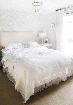 Where did they get the bed(spread) cover?  Love it and haven't found it anywhere.