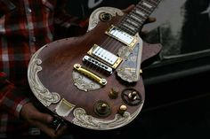 Gibson LesPaul Steampunk by Wild Custom Guitars. Shown at the Holy Grail Guitar Show. Guitar Art, Music Guitar, Cool Guitar, Acoustic Guitar, Ukulele, Playing Guitar, Rick E, Gibson Guitars, Beautiful Guitars