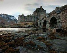 Elaine Donan,  Castle Scotland