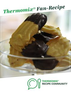 Recipe Chocolate Dipped Shortbread Dreams by foodieforever, learn to make this recipe easily in your kitchen machine and discover other Thermomix recipes in Baking - sweet. Recipe Community, Food N, Biscuit Recipe, Chocolate Dipped, Shortbread, Cake Cookies, Chocolate Recipes, New Recipes, Biscuits
