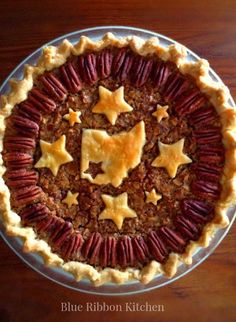 Blue Ribbon Kitchen: Prize-Winning State Fair Pecan Pie with Ohio state pride!!