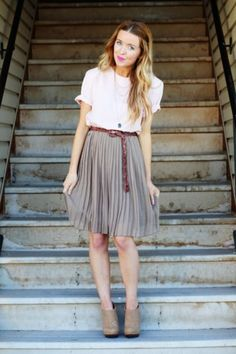 Great outfit, especially the knee-length skirt and belt, but what I really love is her hair! I want mine to be this color(s).