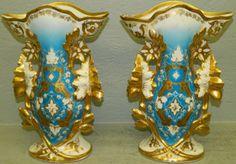 Pair of 19th Century Old Paris vases. : Lot 33