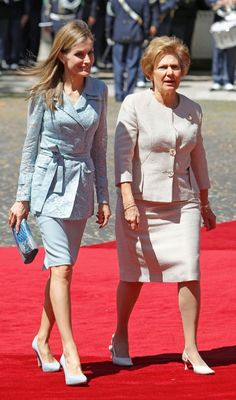 MYROYALSHOLLYWOOD FASHİON:  Spanish Visit to Portugal, July 7, 2014-Queen Letizia and the First Lady of Portugal Maria Alves da Silva