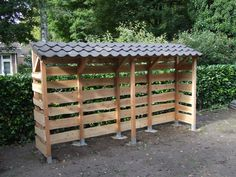 Outdoor Firewood Rack, Firewood Shed, Firewood Storage, Backyard Games, Backyard Projects, Wood Storage Sheds, Wood Store, Shed Plans, Interior Design Tips