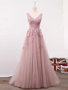 Long Prom Dresses A-Line Sweep Train V-neck Lace-up Tulle Beautiful Prom Dress JKL622