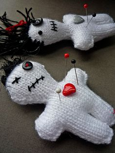 Free knitting pattern for Voodoo Doll pincushion