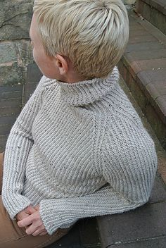 Ravelry: Project Gallery for Hudson pattern by Julie Hoover