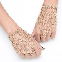 floral chain mail hand chain inspired by moroccan henna designs.