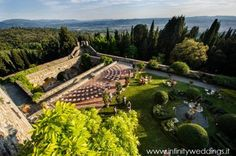 What a ceremony setting this Castle in Florence!