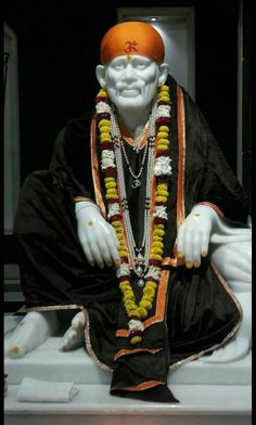 Sai Baba Pictures, God Pictures, Shree Ram Photos, Background Wallpaper For Photoshop, Shirdi Sai Baba Wallpapers, Sai Baba Hd Wallpaper, Sai Baba Quotes, Lord Ganesha Paintings, Hanuman Wallpaper