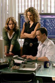 Anna Belknap, Melina Kanakaredes and Gary Sinise in CSI: New York
