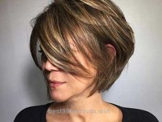 Insane Casual Bob Haircuts for Chic Ladies | For more style inspiration visit 40plusstyle.com  The post  Casual Bob Haircuts for Chic Ladies | For more style inspiration visit 40plus ..