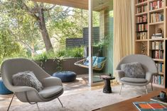 Stunning home remodel embraces indoor/outdoor California lifestyle #library #patio Living Area, Living Spaces, New Paint Colors, Home Libraries, Indoor Outdoor, Built Ins, House Tours, Contemporary Design, Home Remodeling